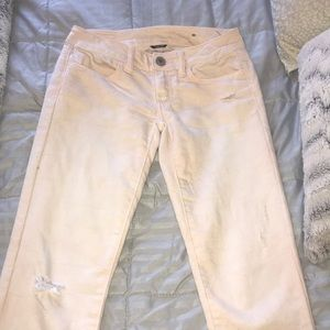 Light peach American Eagle skinny jeans